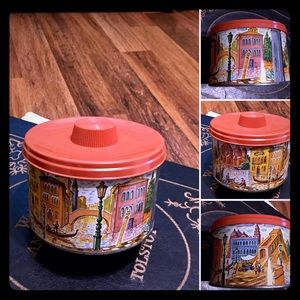 🦋2/$10 3/$15 4/$18 5/$20 Vintage 60s Storage Tin